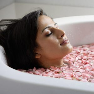Best Bath Oils for Beautiful Skin