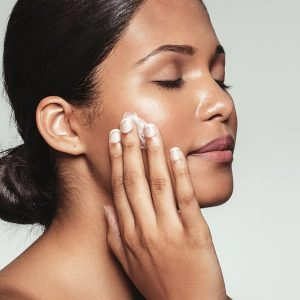 The Absolute Best Moisturizers for Dry Faces